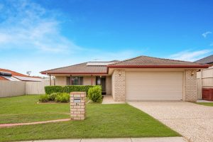 84 Silky Oak Cr