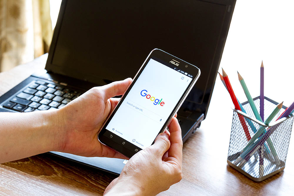 Search for google reviews of a real estate office