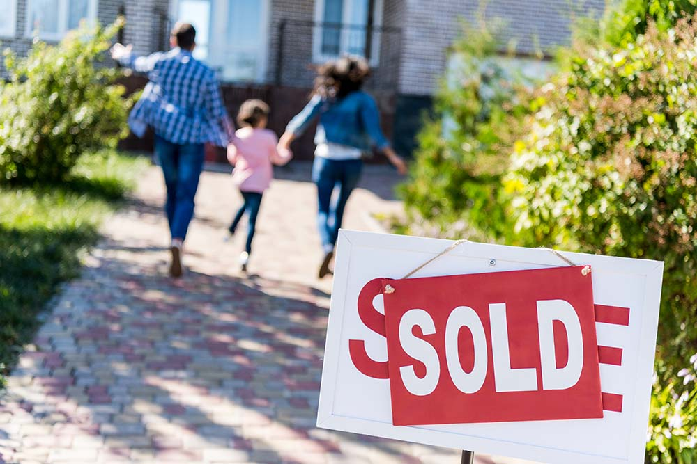 When is a Good Time to Buy or Sell a Home