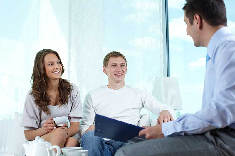 should you use a mortgage broker